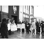 pic7808. Picket of Barclays Bank, Leeds