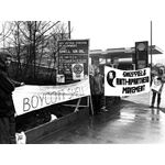 pic8709. Sheffield AAM supporters picket a Shell garage