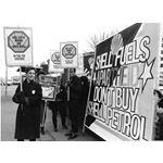 pic8710. Southwark boycott of Shell