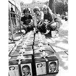 pic8841. 'Free Nelson Mandela' cards, 18 July 1988